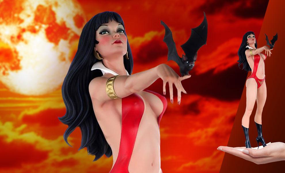 Gallery Feature Image of Vampirella Jose Gonzalez (Diamond Eye Variant) Statue - Click to open image gallery