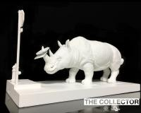 Gallery Image of The Collector Statue
