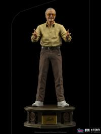 Gallery Image of Stan Lee Pow! Statue