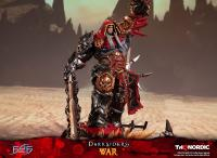 Gallery Image of War (Standard Edition) Statue