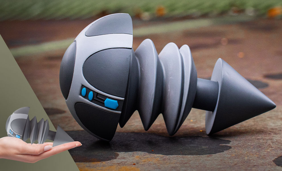 Gallery Feature Image of Iron Giant Bolt Life-Size Replica - Click to open image gallery