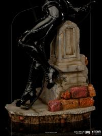Gallery Image of Catwoman 1:10 Scale Statue