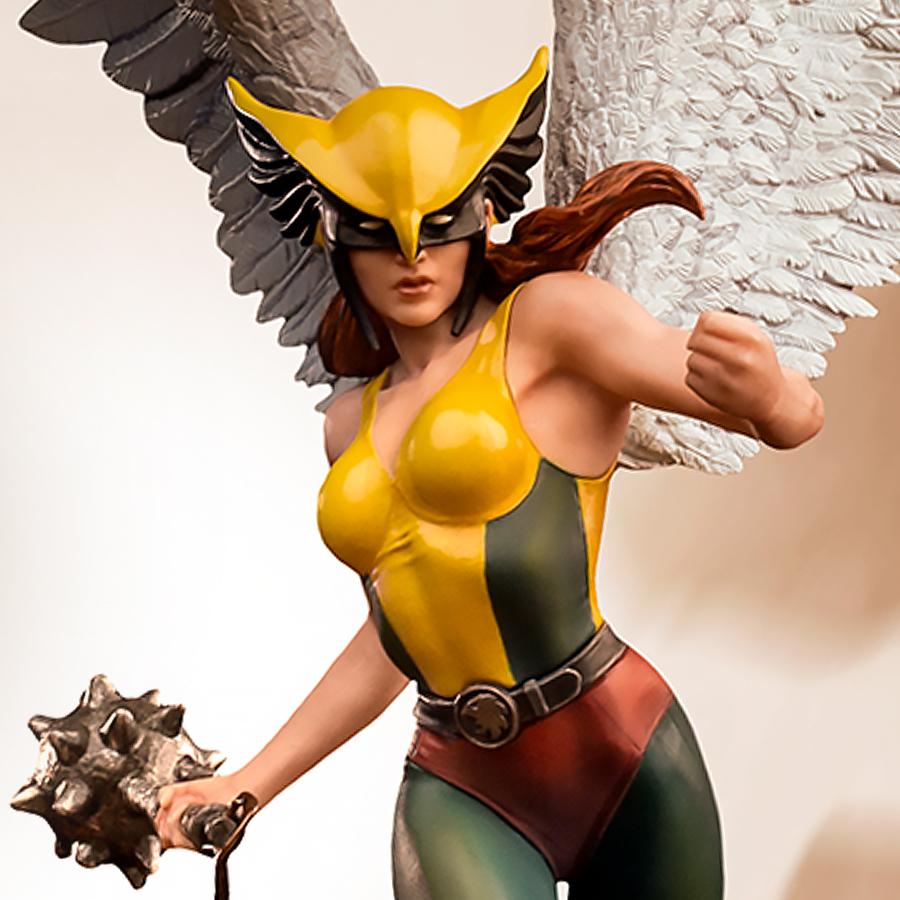 Hawkgirl (Deluxe) Statue