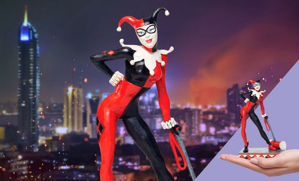 Gallery Feature Image of Harley Quinn Figurine - Click to open image gallery
