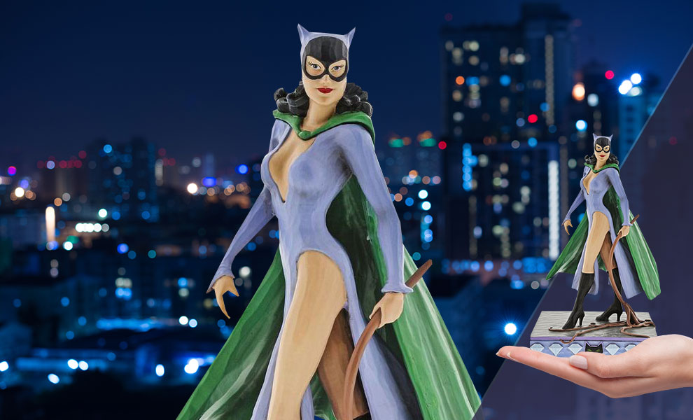 Gallery Feature Image of Catwoman Figurine - Click to open image gallery