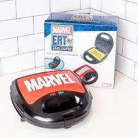 Gallery Image of Eat the Universe - Marvel Logo 3-in-1 Kitchenware
