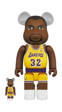 Gallery Image of Be@rbrick Magic Johnson (Los Angeles Lakers) 100% and 400% Bearbrick