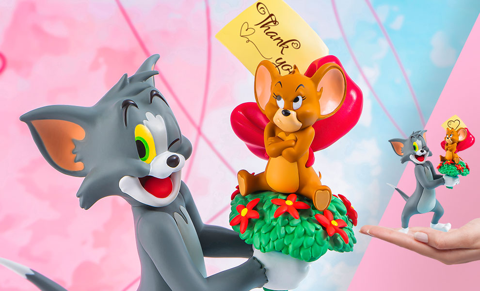 Gallery Feature Image of Tom and Jerry – Just For You Statue - Click to open image gallery