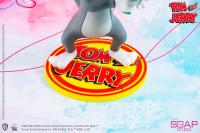 Gallery Image of Tom and Jerry – Just For You Statue