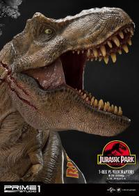 Gallery Image of T-Rex Vs Velociraptors in the Rotunda Diorama