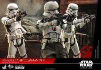 Gallery Image of Assault Tank Commander Sixth Scale Figure