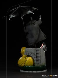 Gallery Image of Penguin Deluxe 1:10 Scale Statue