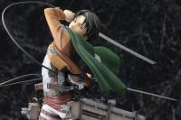 Gallery Image of Levi (Renewal Package Variant) Statue