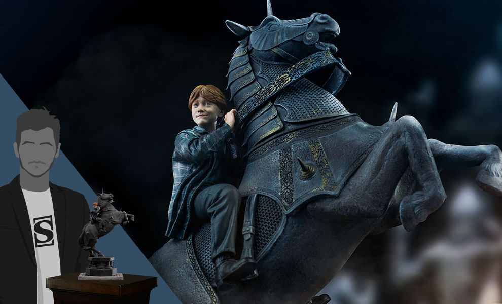 Gallery Feature Image of Ron Weasley at the Wizard Chess Deluxe 1:10 Scale Statue - Click to open image gallery