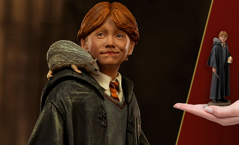 Gallery Feature Image of Ron Weasley 1:10 Scale Statue - Click to open image gallery