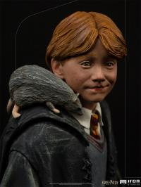 Gallery Image of Ron Weasley 1:10 Scale Statue
