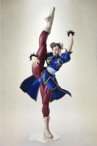 Gallery Image of Chun-Li Statue