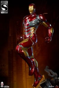 Gallery Image of Iron Man 1:3 Scale Statue