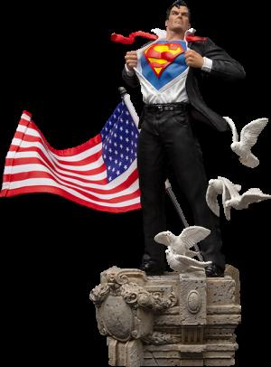 Clark Kent Deluxe 1:10 Scale Statue