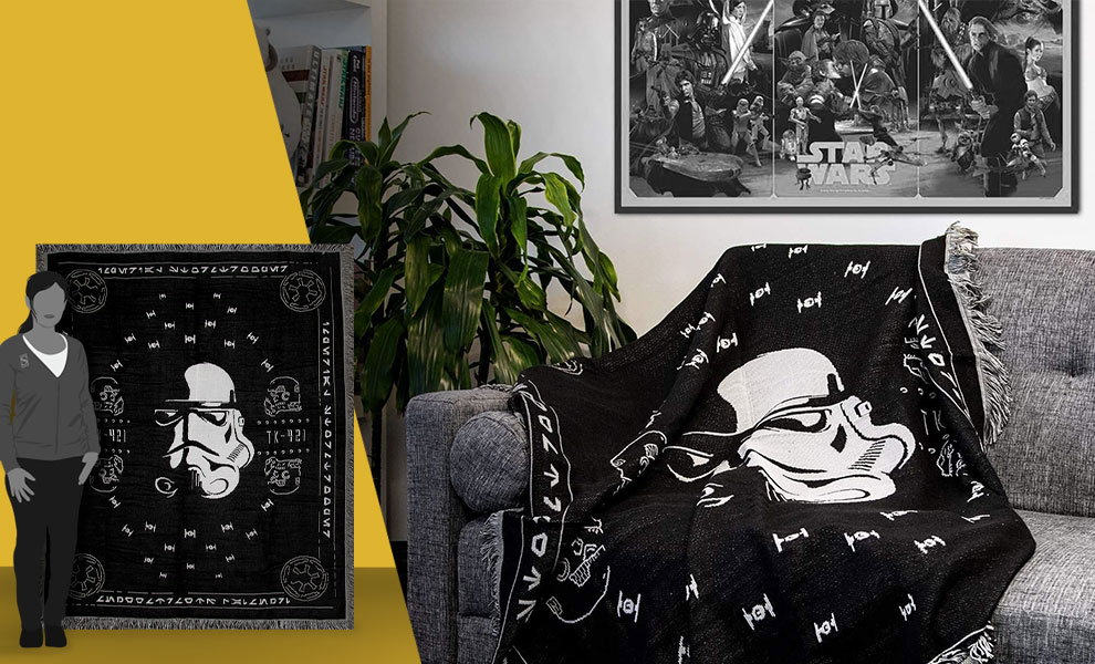 Gallery Feature Image of Stormtrooper Throw Blanket - Click to open image gallery