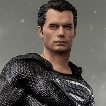 Superman Black Suit 1:10 Scale Statue