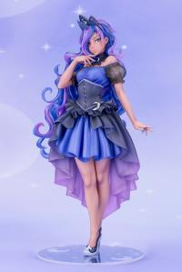 Gallery Image of Princess Luna Statue