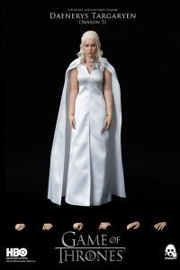 Gallery Image of Daenerys Targaryen (Season 5) Sixth Scale Figure