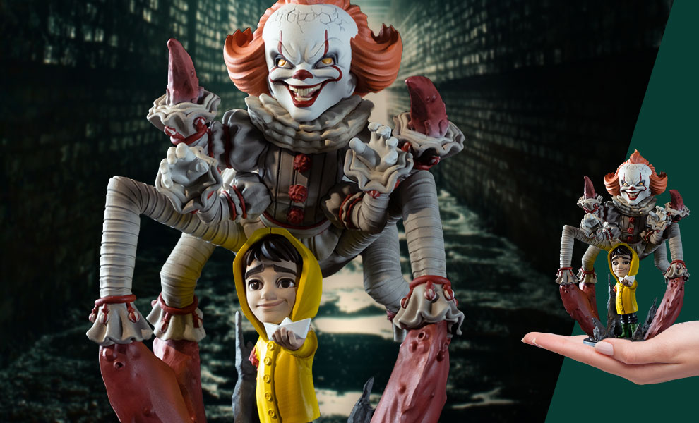 Gallery Feature Image of Pennywise Spider Q-Fig Max Elite Collectible Figure - Click to open image gallery