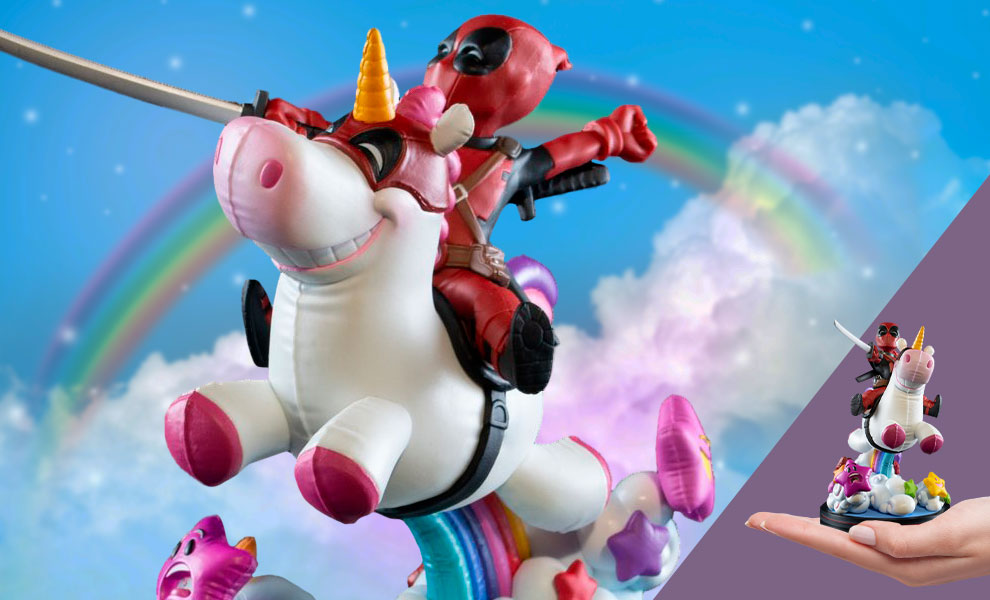 Gallery Feature Image of Deadpool x Unicorn Max Elite Q-Fig Collectible Figure - Click to open image gallery