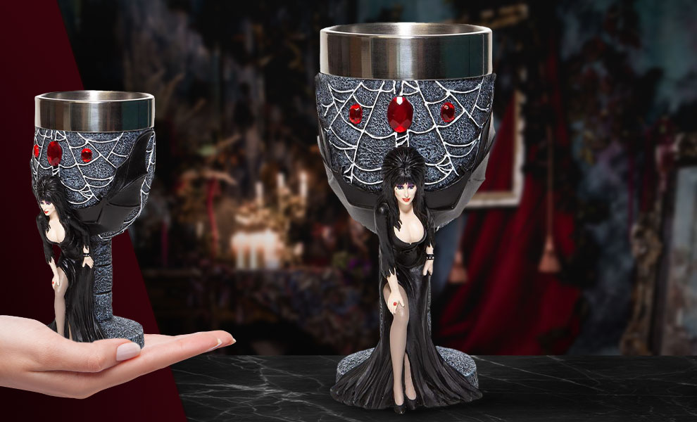 Gallery Feature Image of Elvira Goblet Collectible Drinkware - Click to open image gallery