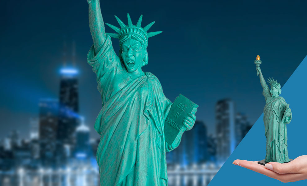 Gallery Feature Image of Weeping Angel (Statue of Liberty) Figurine - Click to open image gallery