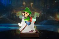 Gallery Image of Luigi's Mansion 3 Luigi (Collector's Edition) Statue