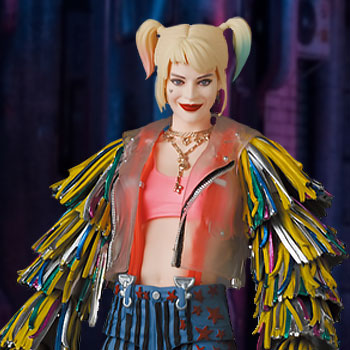 Harley Quinn (Caution Tape Jacket Version) Collectible Figure