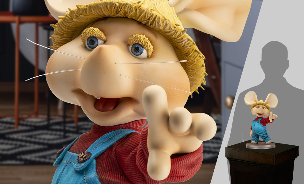 Gallery Feature Image of Topo Gigio Life-Size Figure - Click to open image gallery