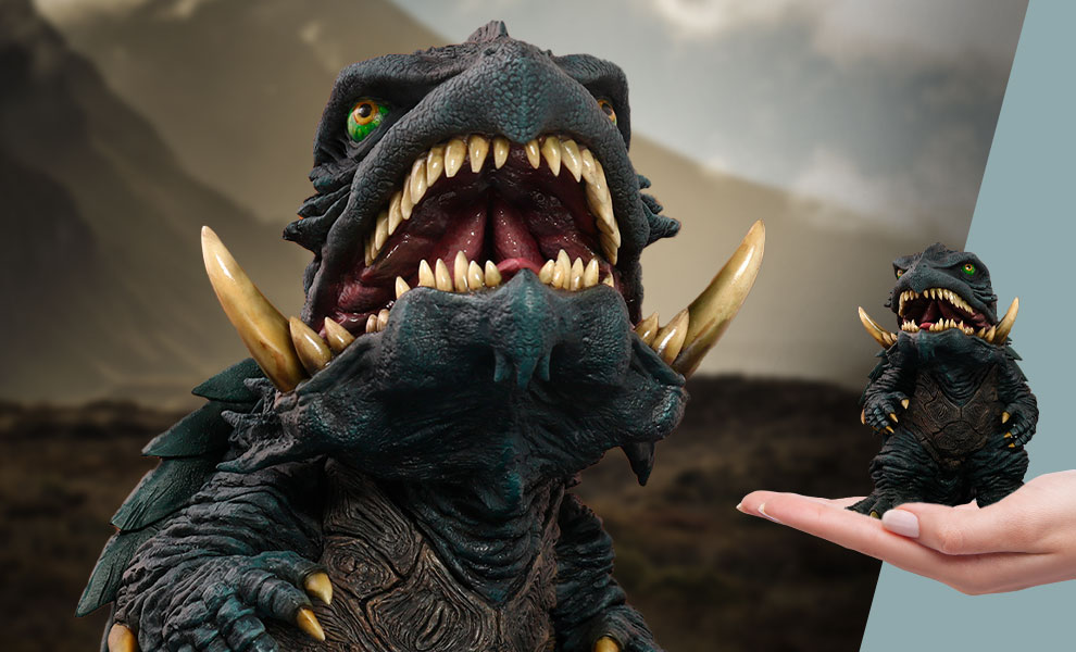 Gallery Feature Image of Gamera (1999) Collectible Figure - Click to open image gallery