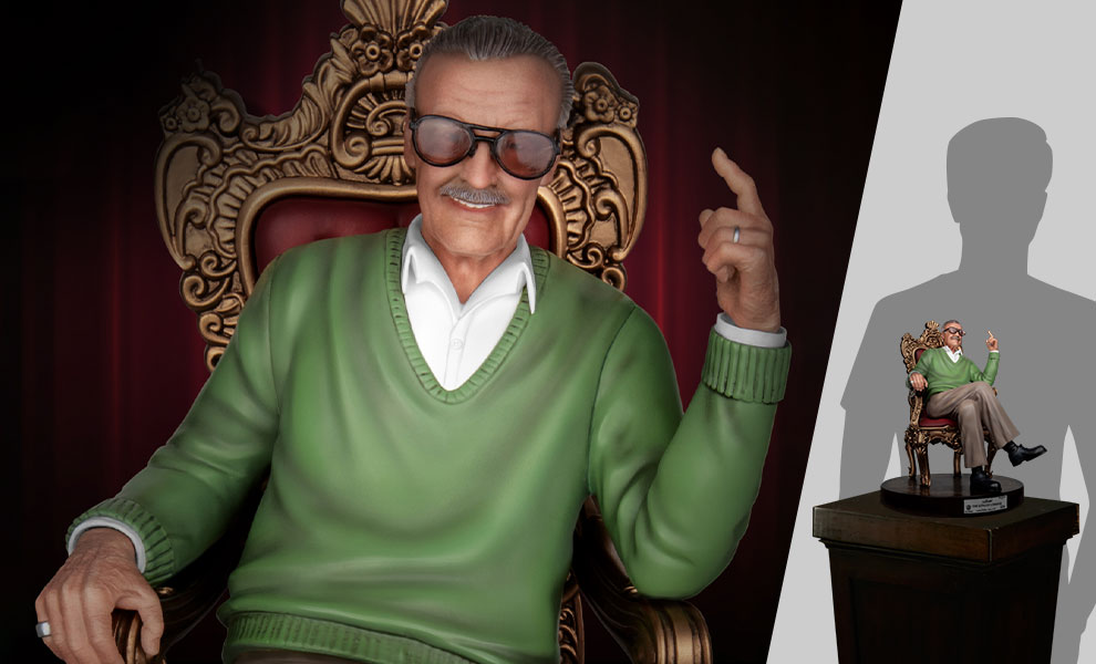 Gallery Feature Image of Stan Lee the King of Cameos Statue - Click to open image gallery