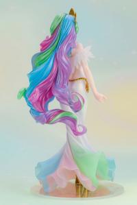Gallery Image of Princess Celestia Statue