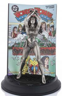 Gallery Image of Wonder Woman #1 Limited Edition Figurine Pewter Collectible