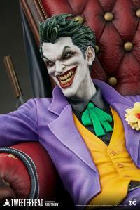 Gallery Image of The Joker (Deluxe) Maquette