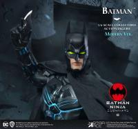 Gallery Image of Modern Batman (Deluxe Version) Sixth Scale Figure