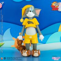 Gallery Image of Tom & Jerry Catnap Collectible Figure
