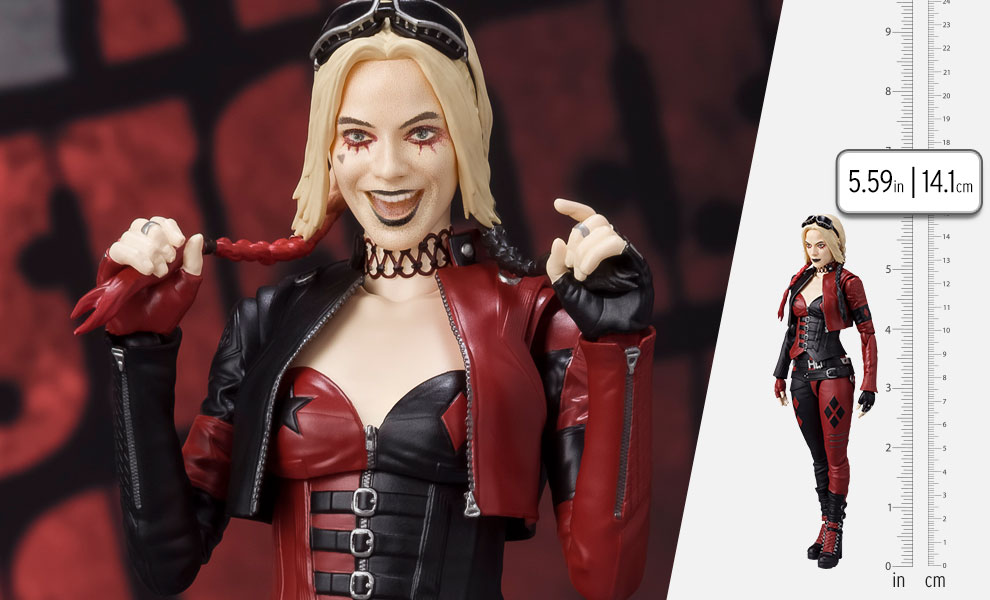 Gallery Feature Image of Harley Quinn (The Suicide Squad 2021) Collectible Figure - Click to open image gallery