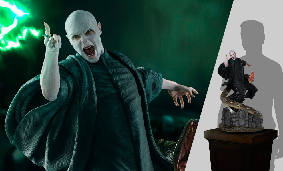 Gallery Feature Image of Voldemort and Nagini Statue - Click to open image gallery
