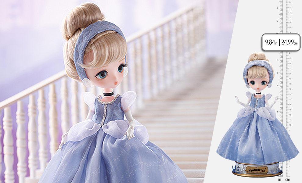 Gallery Feature Image of Harmonia Bloom Cinderella Collectible Doll - Click to open image gallery
