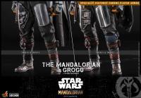 Gallery Image of The Mandalorian™ and Grogu™ Sixth Scale Figure Set