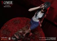 Gallery Image of Tomie Statue