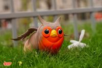 Gallery Image of The Peagle: European Robin Vinyl Collectible