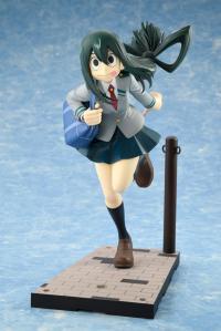 Gallery Image of Tsuyu Asui Uniform Version Collectible Figure