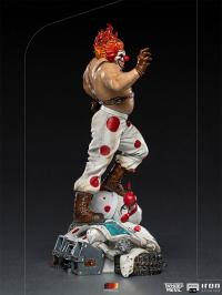 Gallery Image of Sweet Tooth Needles Kane 1:10 Scale Statue