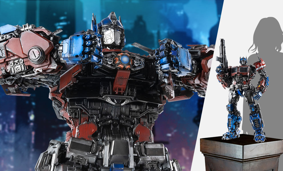 Gallery Feature Image of Cybertronian Optimus Prime Figure - Click to open image gallery